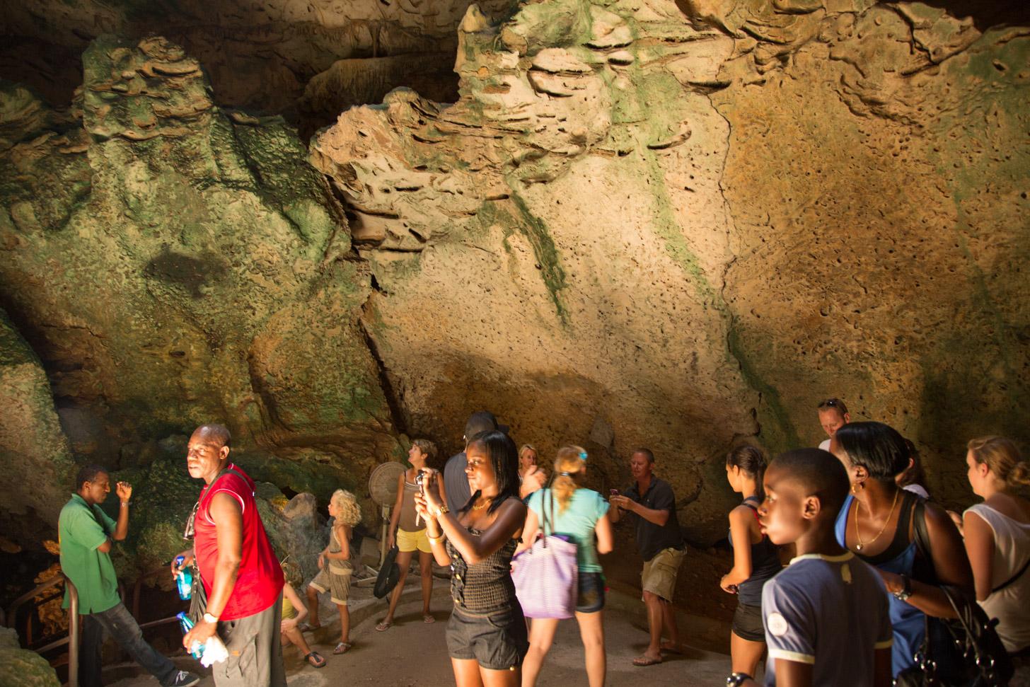 Grotten van Hato
